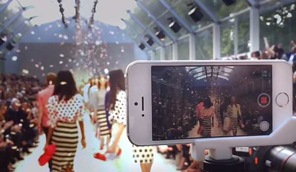 On the Runaway -  Vídeo Burberry iPhone 5s
